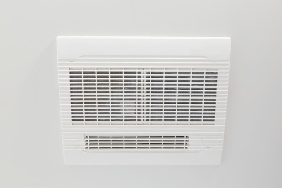 電気浴室暖房乾燥機